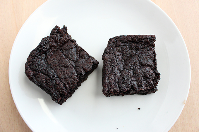 Simple Fudgy Vegan Brownies